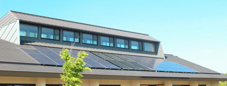 自分で太陽光パネルを掃除する際の道具